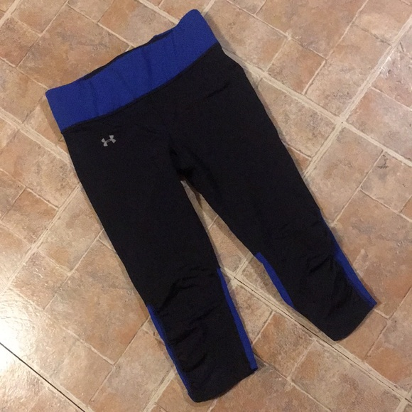 Under Armour Pants - Under Armour cropped compression leggings size XS